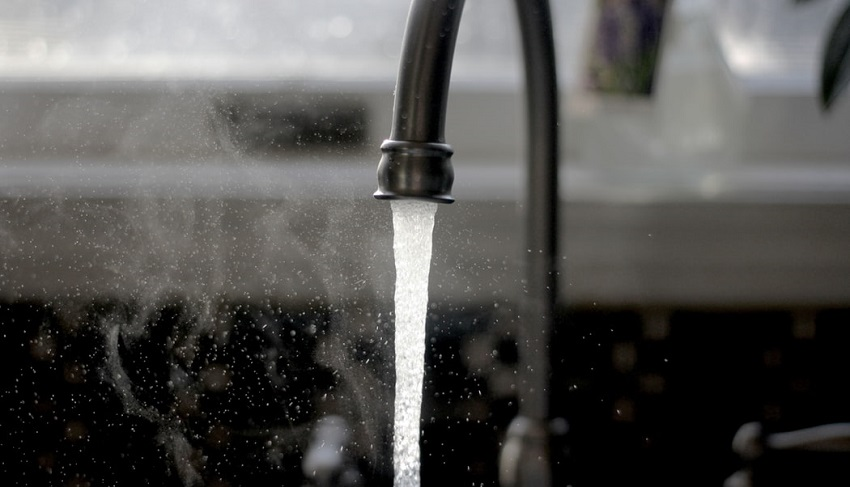 Tap Water Banner Photo